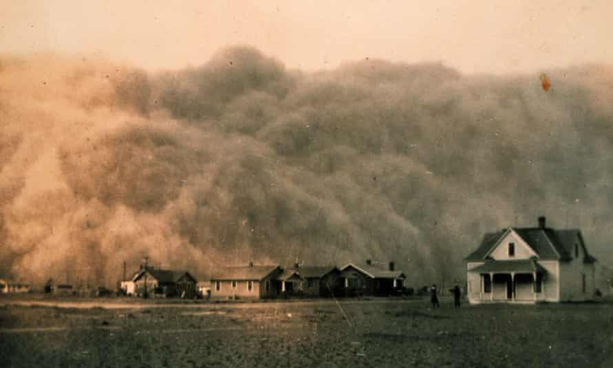 File photo from 18 April 1935 shows a dust storm approaching Stratford, in Texas, US.