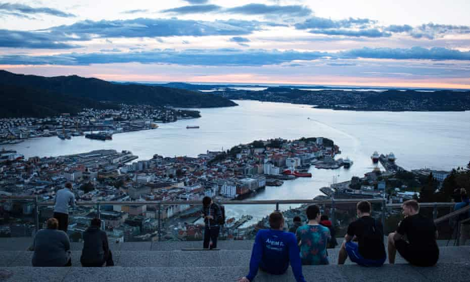 The view from the platform at the top of the Floyen mountain in Bergen.