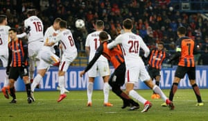 Shakhtar Donetsk's Fred scores their second goal