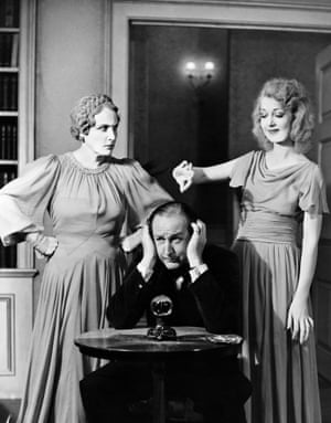 Fay Compton as Ruth, Cecil Parker as Charles and Kay Hammond as Elvira at the Piccadilly Theatre, 1941