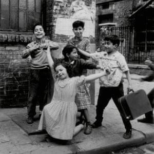 Children from Cité Lesage-Bullourde, Paris 1950