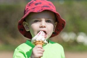 Stratford Upon Avon A boy eats ice-cream