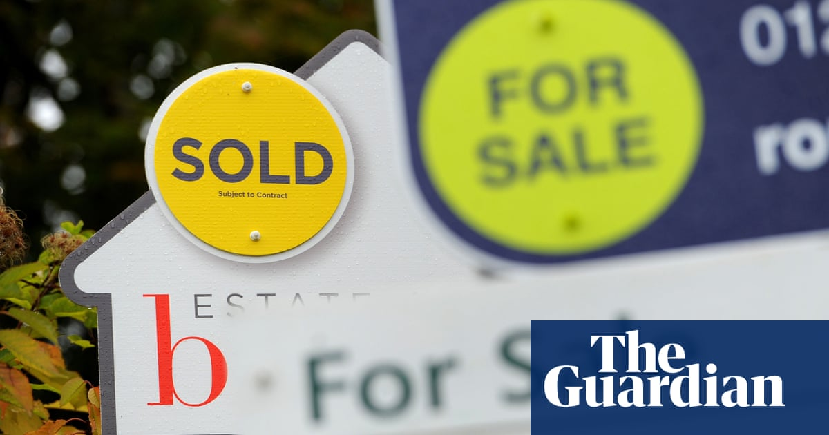 UK house prices show strongest monthly rise since 2007