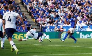 Leicester City's Ricardo Pereira hits the sliding Rose and beats Gazzaniga.