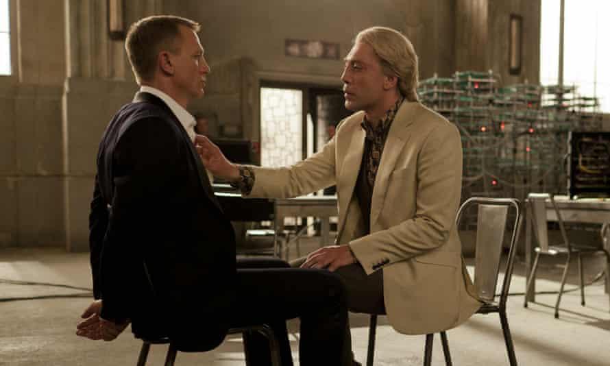 Bond with Raoul Silva
