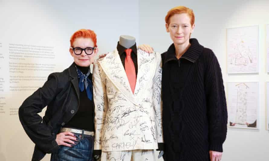 Sandy Powell and Tilda Swinton with Powell's awards season suit