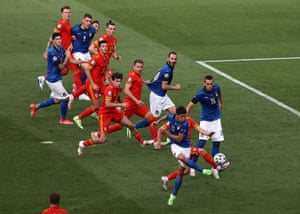 Matteo Pessina of Italy scores his team's first goal.