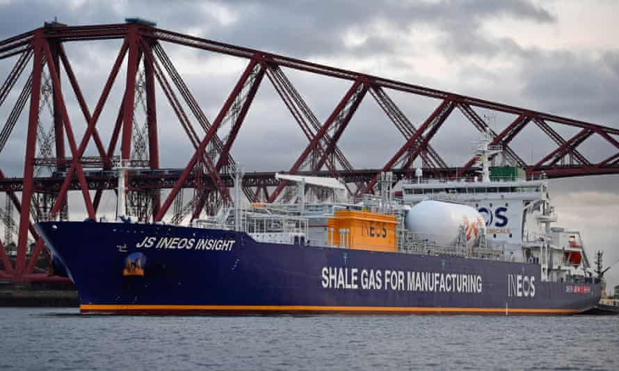 JS Ineos Insight ship arriving in the Firth of Forth