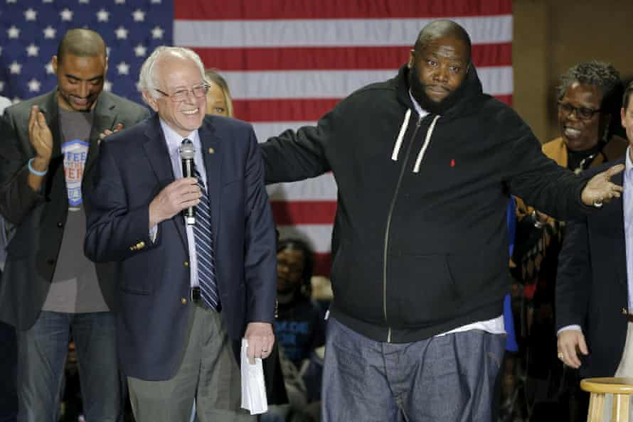 Killer Mike with Bernie Sanders at a 2016 rally in Orangeburg, South Carolina.