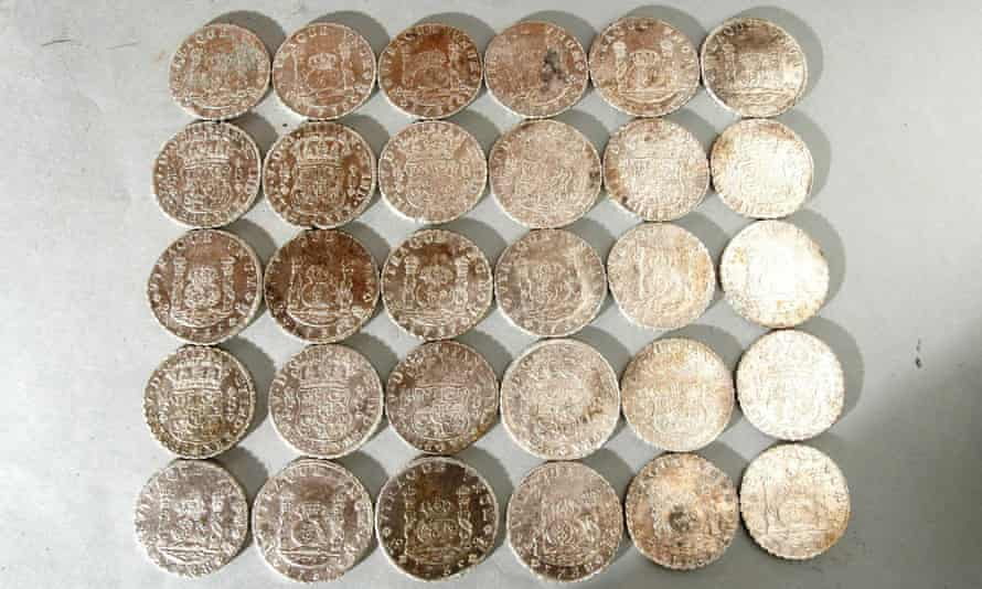 Coins found in the wreck of the Rooswijk