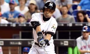Ichiro Suzuki breaks baseball career hits record with double against