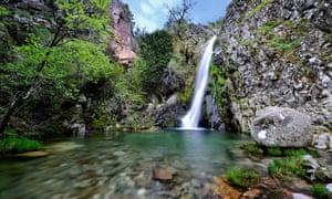 Poço do Inferno, a waterfall in the Serra da Estrela.