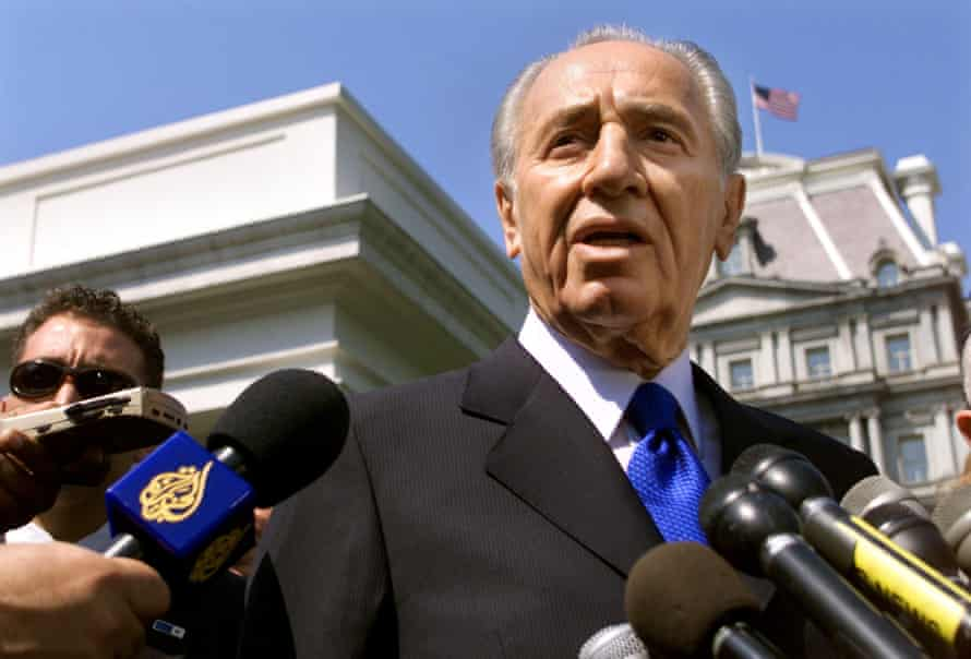 Shimon Peres in 2001