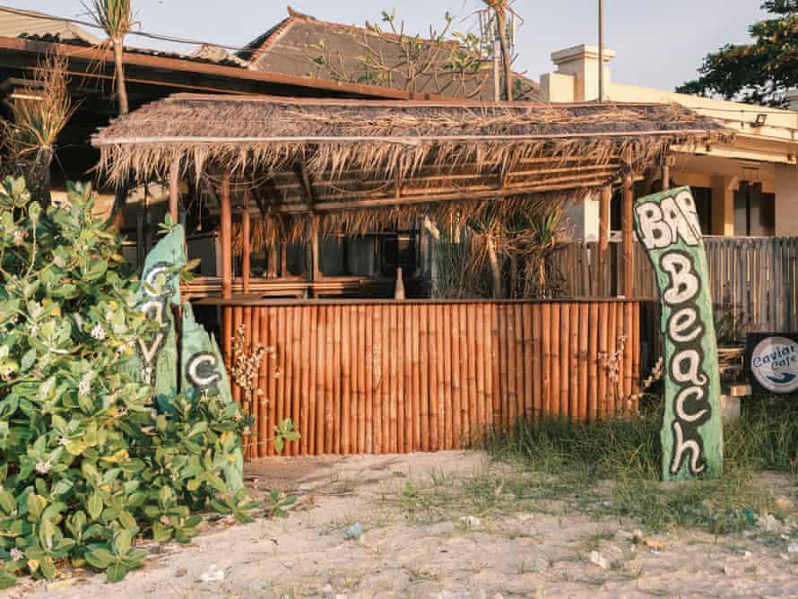 Neglected beach bar in Jimbaran.