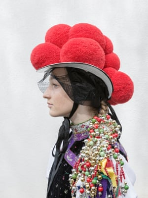 Kaya, Kirnbach, 2019 The 'Bollenhut' (pom-pom hat) has become an unmistakable international symbol for the Black Forest. Originally, these handmade hats were worn as part of traditional costumes in three local Protestant communities to distinguish them from the surrounding Catholics. Here Kaya, is being confirmed. Red pom-poms indicate unmarried women, married women wear black ones.
