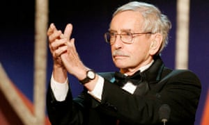 Edward Albee accepts his Tony award for lifetime achievement in New York, 2005.