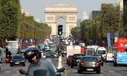 Traffic on the Champs-Élysées in Paris, France.
