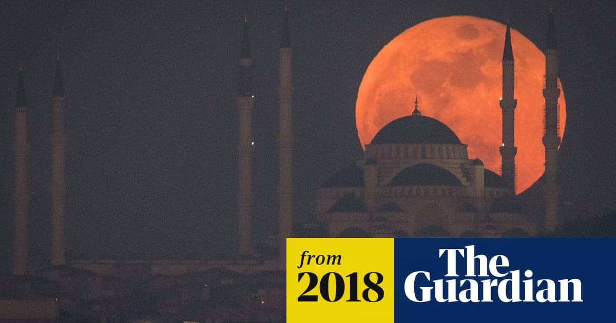 Lunar eclipse 2018: when to see the blood moon – and the