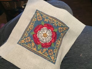 Tudor rose cross stitch pattern