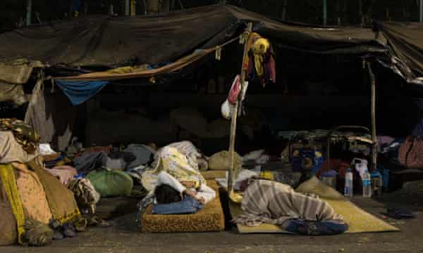 Carlin Carr, the curator of the exhibition, says there is little information about the homeless population on the streets of Mumbai.