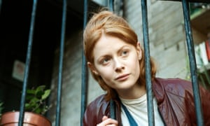 Daphne Review Emily Beecham Takes A Stylish Plunge Into