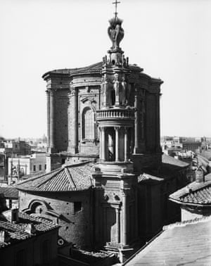 Sant'Andrea delle Fratte, detail of the campanile and tower, early 20th century
