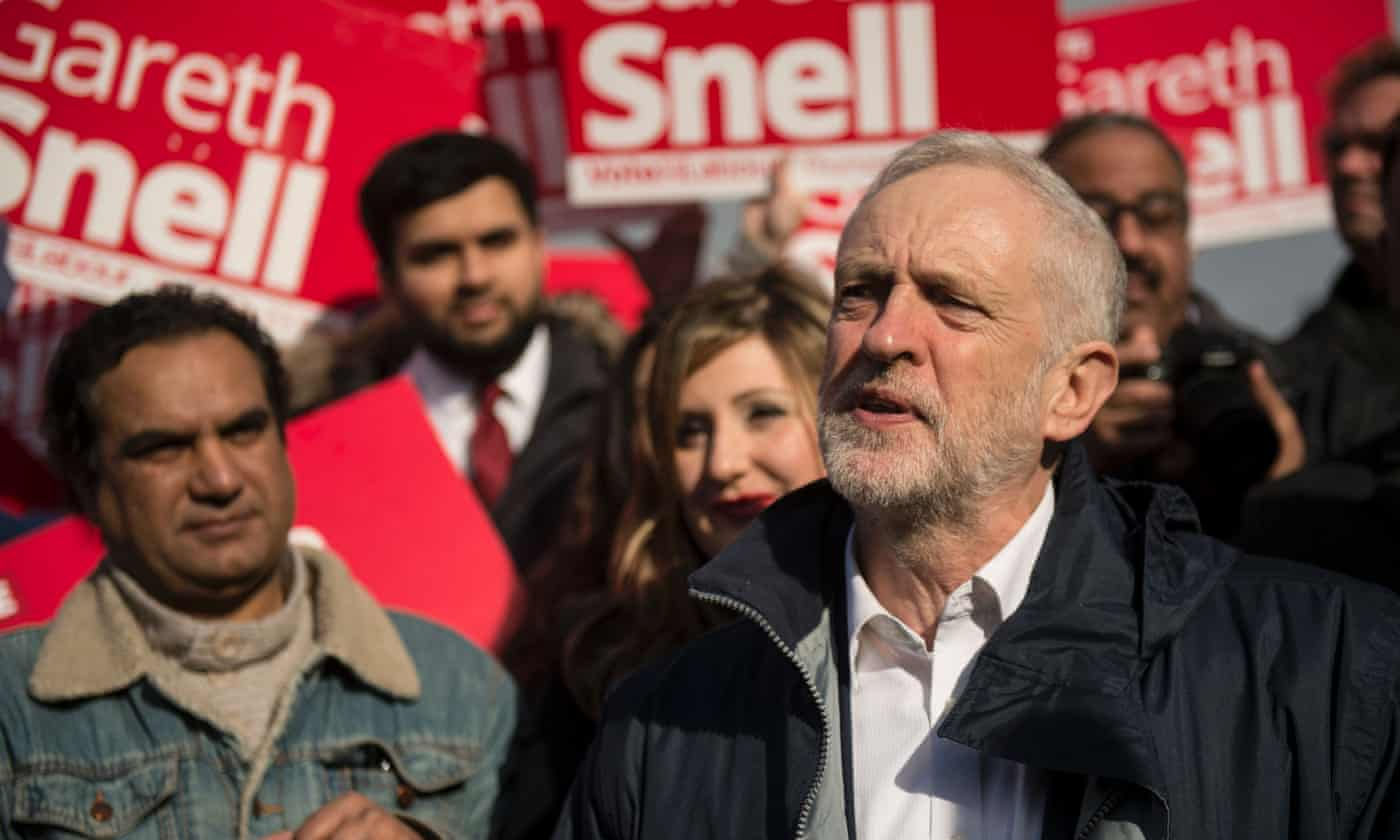 Flipboard: MPs urge Jeremy Corbyn to table vote of no ...