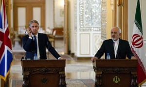 Philip Hammond (left) and Iranian foreign minister Mohammad Javad Zarif