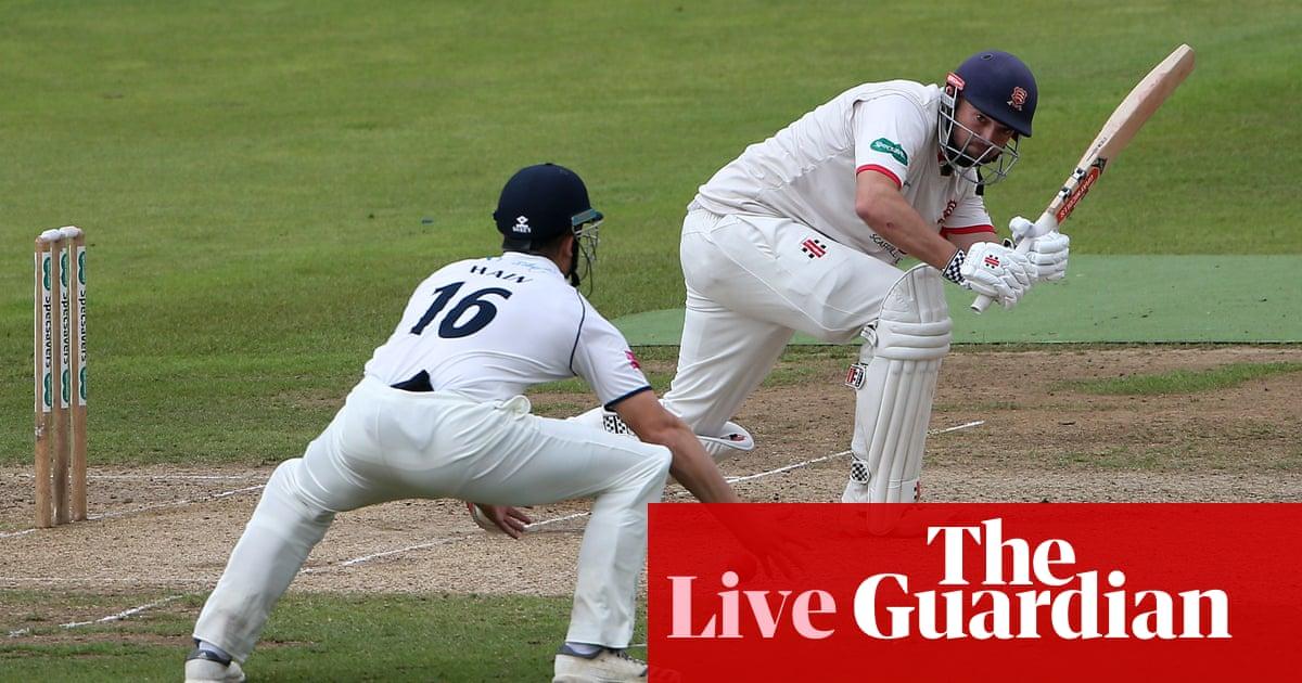 County cricket: Somerset v Yorkshire, Warwickshire v Essex and more – live!