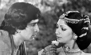 Actor Shashi Kapoor and actress Simi Garewal on set of the movie Siddhartha.