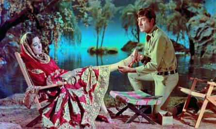 Meena Kumari and Raaj Kumar in Pakeezah.