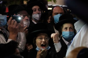 Ultra-Orthodox Jews in New York protest against Covid-19 restrictions