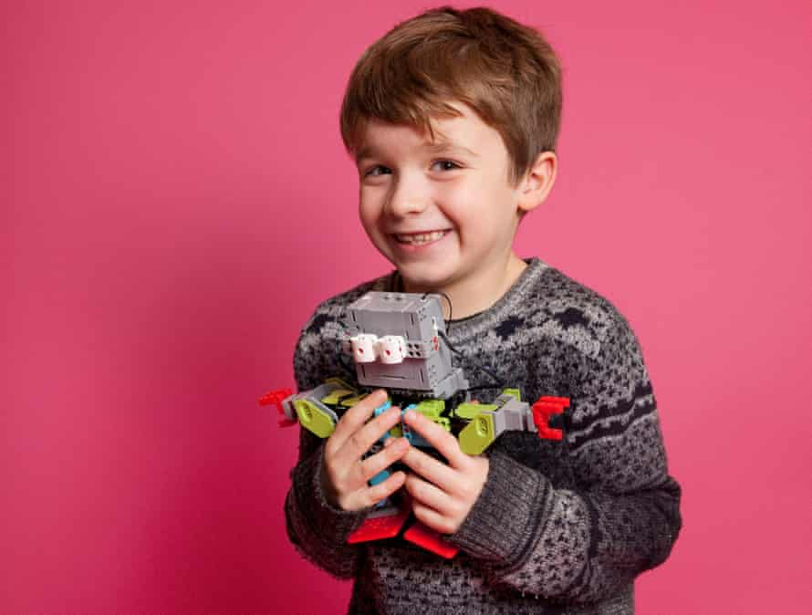 Max with the Jimu Robot Meebot Kit.