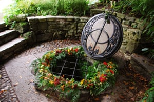 Chalice Well Gardens Glastonbury Somerset England United Kingdom