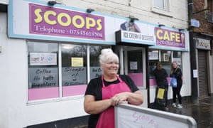 Janet Moore, proprietor of Scoops cafe in Balloch.