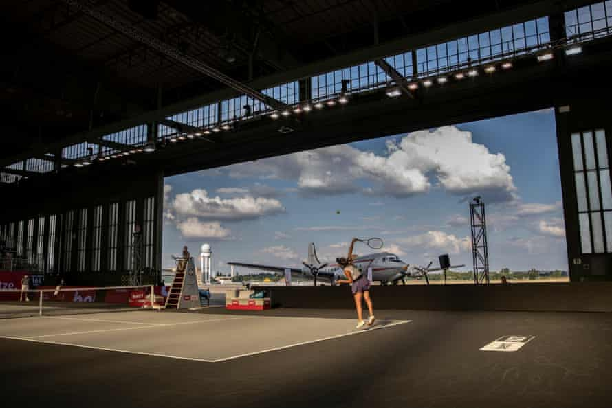 Ukraine's Elina Svitolina serves the ball to Anastasija Sevastova of Latvia during their semi-final of the Bett1 Aces tennis tournament in Hangar 6 of the former airport Tempelhof in Berlin.
