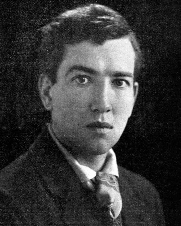 Robert Graves as a young man.