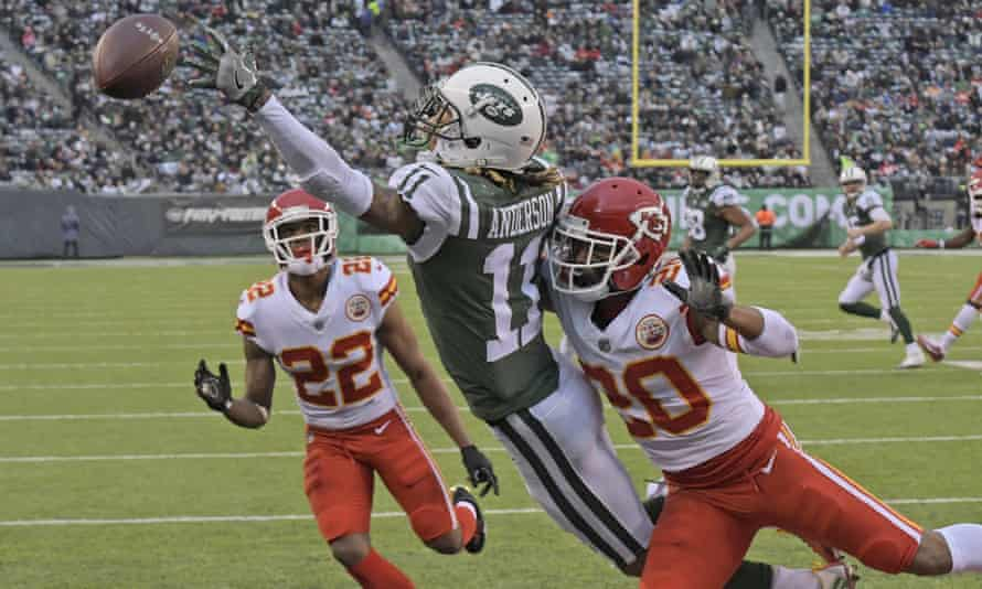 Marcus Peters (No22) had a frustrating day against the Jets