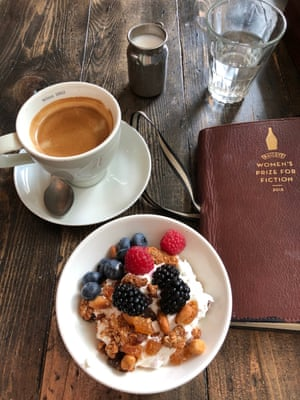 Breakfast at Balans in Westfield Stratford. Berries, granola, coffee – and then a shufty around TK Maxx. That's living all right.