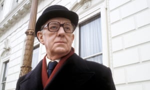 Alec Guinness as George Smiley in the BBC adaptation of Smiley's People.