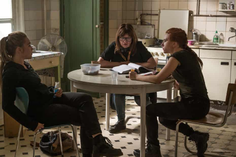 Florence Pugh, Cate Shortland and Scarlett Johansson on the set of Black Widow
