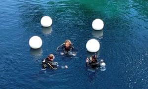 Veteran scuba diver dies in underwater cave accident in New