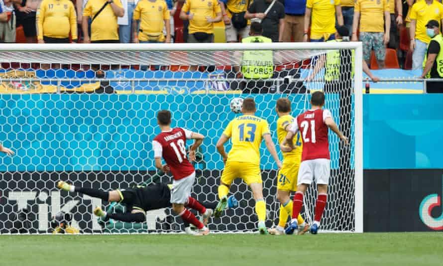 Christoph Baumgartner volleys home from a corner.