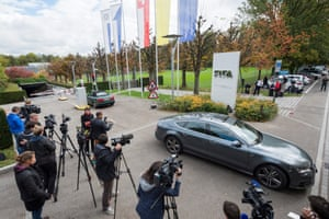 The media descend on Fifa's headquarters in Zurich.