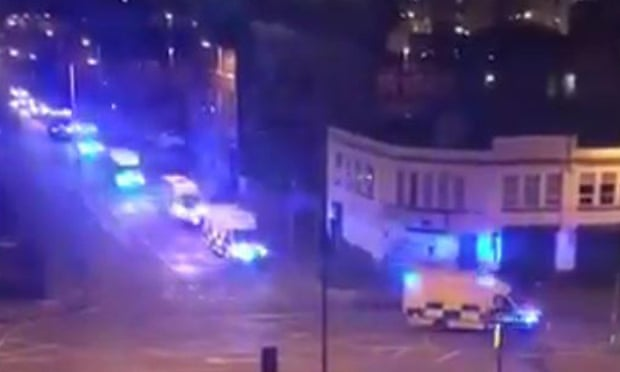theguardian.com - Kevin Rawlinson - Manchester Arena: police warning after reports of incident at Ariana Grande concert - live