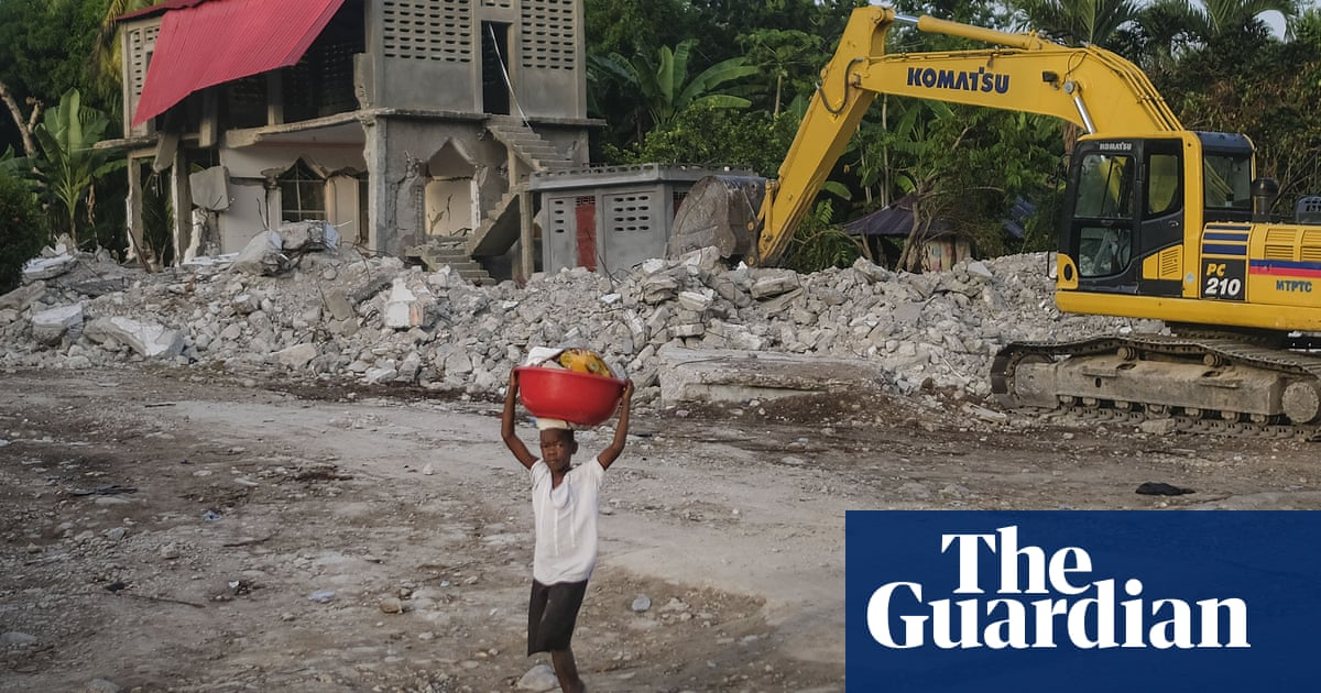 Haiti earthquake 10 days on: survivors still 'hungry and thirsty' – video report