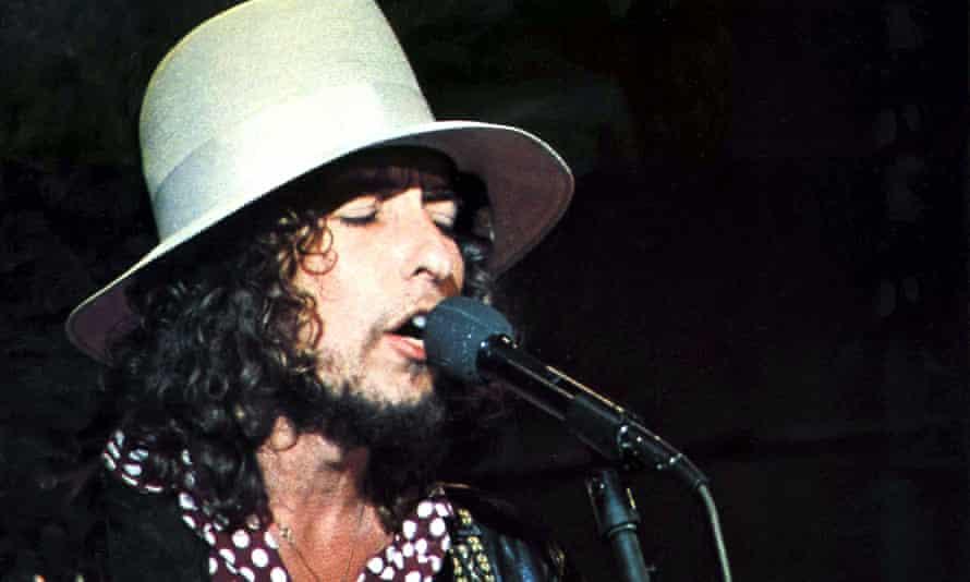 Bob Dylan … Man of many words.