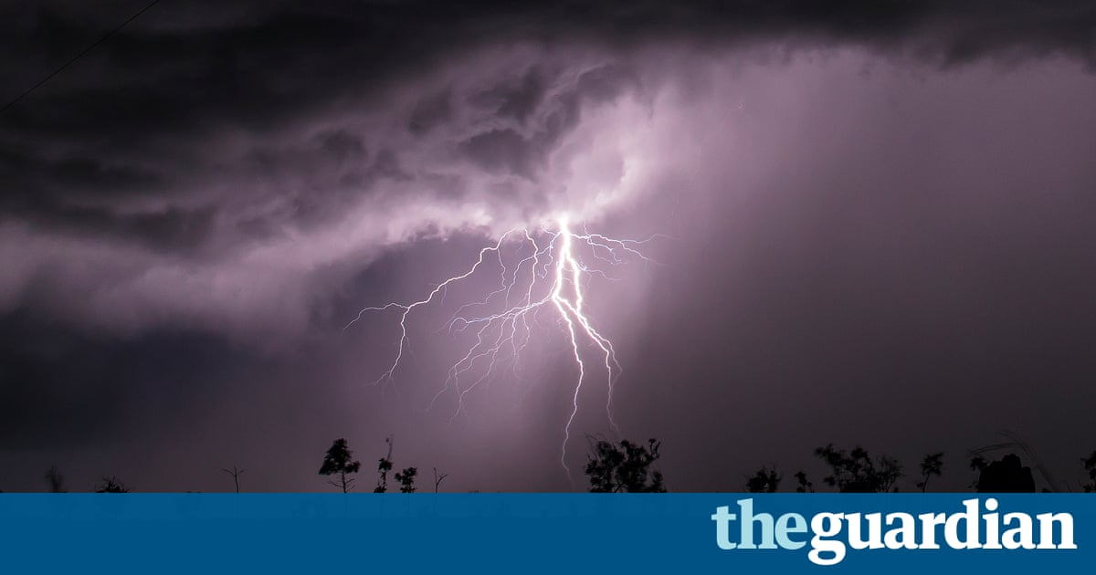 The storm chasers hunting bolts in Australia's Top End