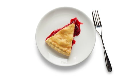 How to cook the perfect apple and blackberry pie