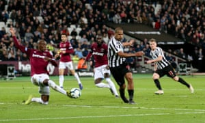 Jose Salomon Rondon's shot on the edge of the 6 yard box is blocked by Angelo Ogbonna of West Ham.